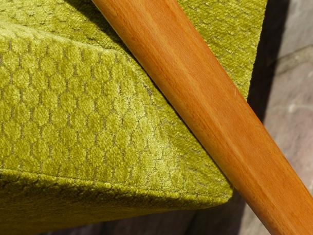 tissu vert anis détail pied compas
