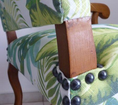 Fauteuil Louis 14 tropical florida foret jungle clou détail