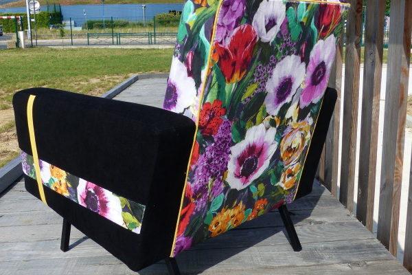 Fauteuil 60's fleur noir chic